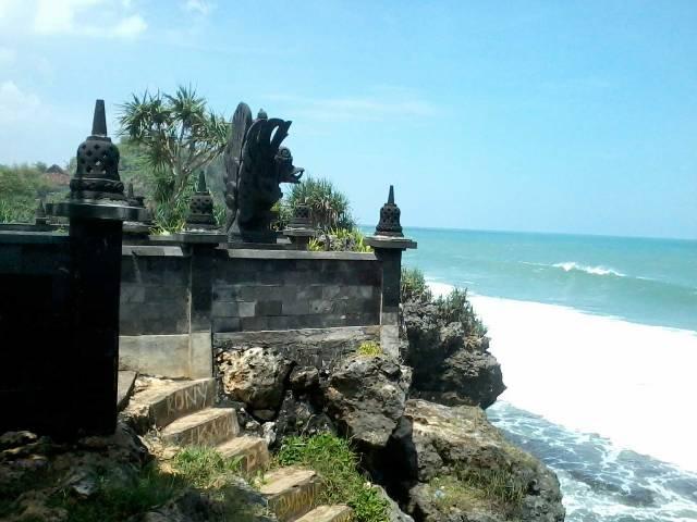 Pantai-Ngobaran-Wonosari
