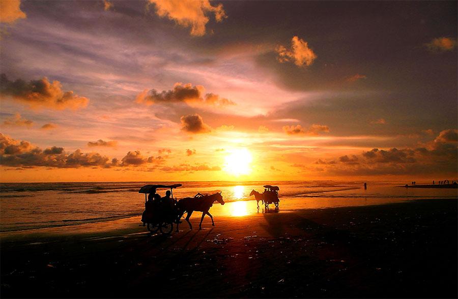 Pantai-Parangtritis-Jogja-3